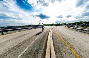 This is an untapped resource for North Austin that could become a destination; in addition to, a path that welcomes foot traffic and cyclists.