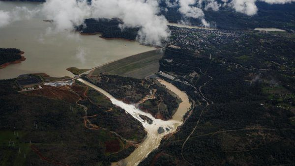 Damage to Oroville's Main Spillway 'Was an Accident Waiting to